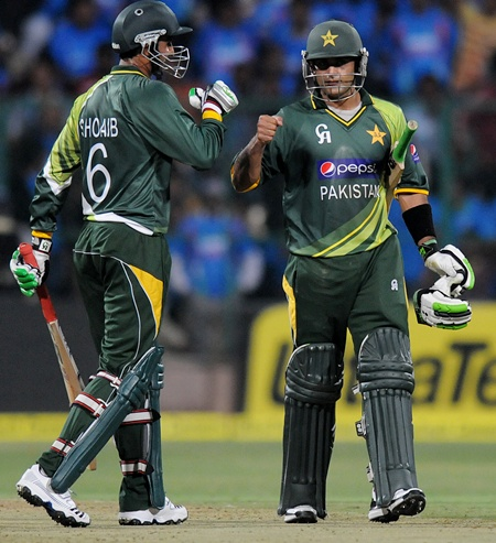 Hafeez, Malik will look to continue with their exploits