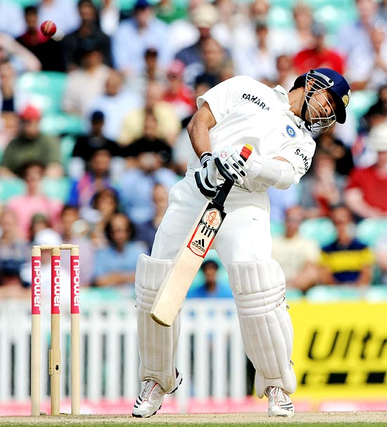 Sachin Tendulkar avoids a bouncer