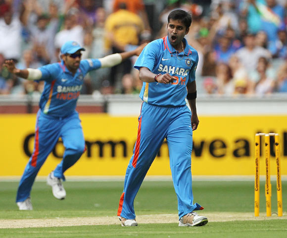 Vinay Kumar of India celebrates after taking the wicket of Ricky Ponting of Australia during game one of the Commonwealth Bank tri-series