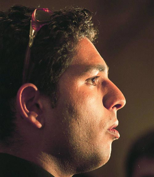 Sahara asks for extra foreign player to replace Yuvraj