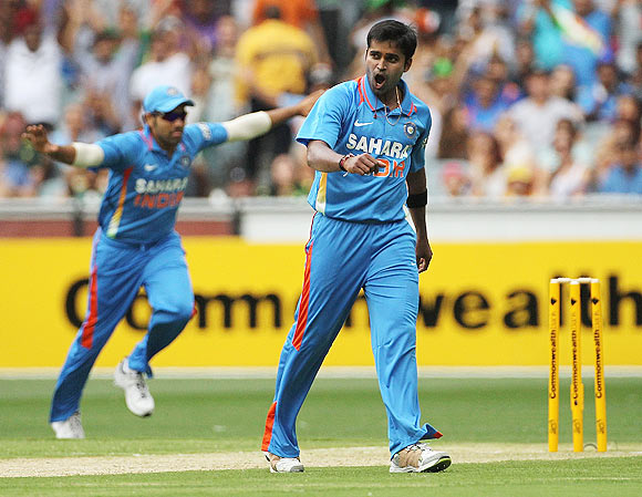 Dhoni's confidence in Vinay gets him going