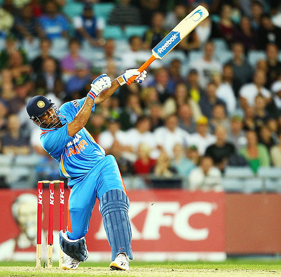 ICC ODI Rankings: Dhoni rises, Sehwag drops to 18