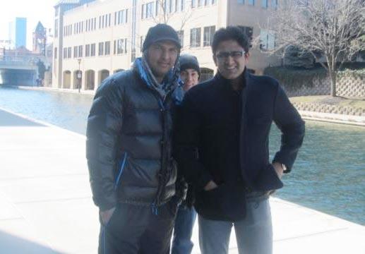Kumble visits ailing Yuvraj in US