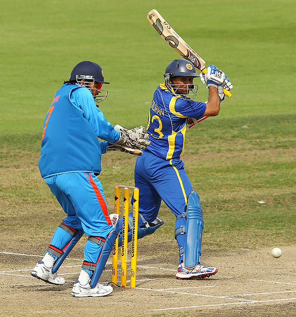Dilshan smashes 11th hundred