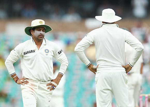 Akram flays Team India for negative body language