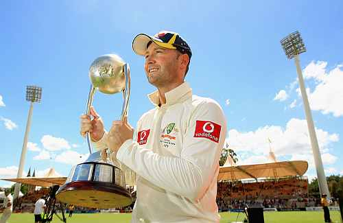 Michael Clarke with the Border-Gavaskar trophy
