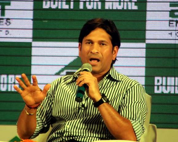 'No reason for Sachin opting out'