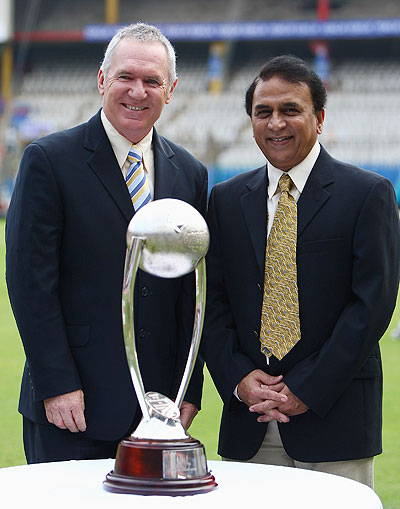 Allan Border (left) of Australian and Sunil Gavaskar of India