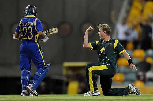 Brett Lee celebrates after picking up the wicket of Dilshan