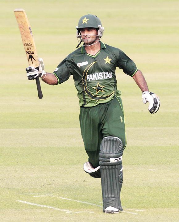Indians overshadow Pakistan openers' efforts
