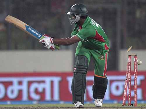 Shakib Al Hasan is clean bowled by Cheema