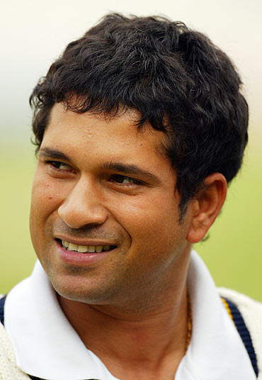 VOTE: The hairdo that best suits Sachin Tendulkar