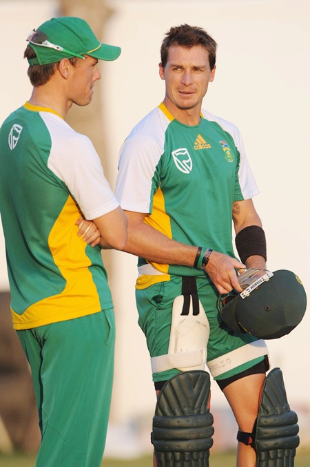 Dale Steyn (right)