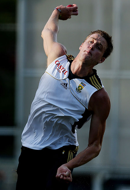Morne Morkel bowls during a South African nets session at The Gabba on Wednesday