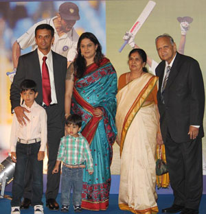 Rahul Dravid with his family