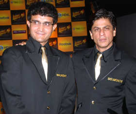 Shah Rukh Khan (right) with Sourav Ganguly