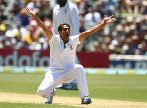 Imran Tahir of South Africa unsucessfully appeals during day one of the 2nd Test match between Australia and South Africa