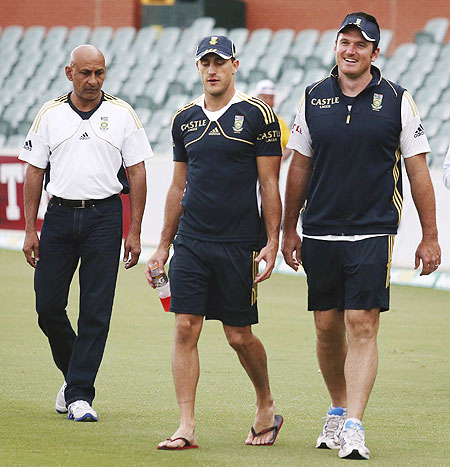 Graeme Smith with Faf du Plessis