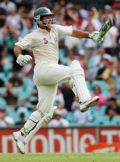 Ricky Ponting of Australia celebrates the winning runs during day five of the Third Test between Australia and South Africa