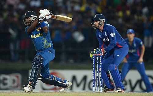 Angelo Mathews of Sri Lanka bats watched by England wicketkeeper Jonathan Bairstow during the ICC World Twenty20 2012 Super Eights Group 1 match between Sri Lanka and England
