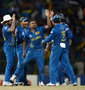 Sri Lanka outclass Pakistan to enter WT20 final