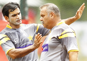 Pakistan coach Whatmore advised rest by physician