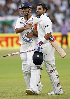 Dhoni and Kohli celebrate after India's victory