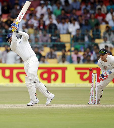 PHOTOS: India vs New Zealand, Bangalore Test (Day Four)