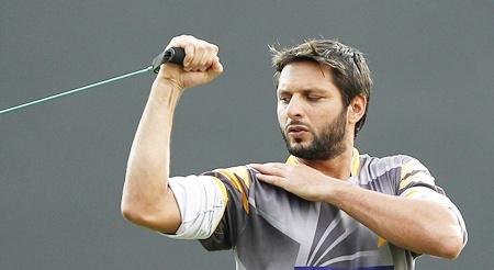 Pakistan's Shahid Afridi stretches