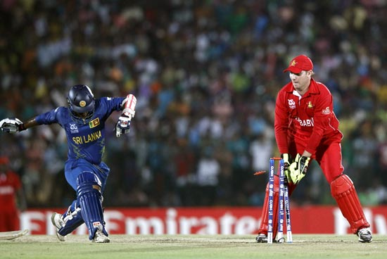 Sri Lanka opener Dilshan Munaweera is run out