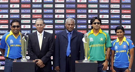 (From Left) Sri Lanka's captain Mahela Jayawardene, International Cricket Council   (ICC) Chief Executive Haroon Lorgat, Sri Lanka cricket chairman Upali Dharmadasa,   Pakistan's captain Mohammad Hafeez and Twenty20 women team captain Shashikala   Siriwardene