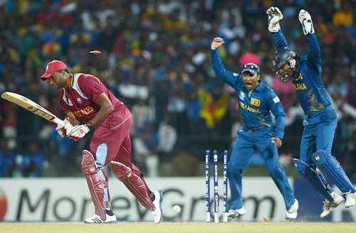 Mahela Jayawardene and Kumar Sangakkara of Sri Lanka celebrate