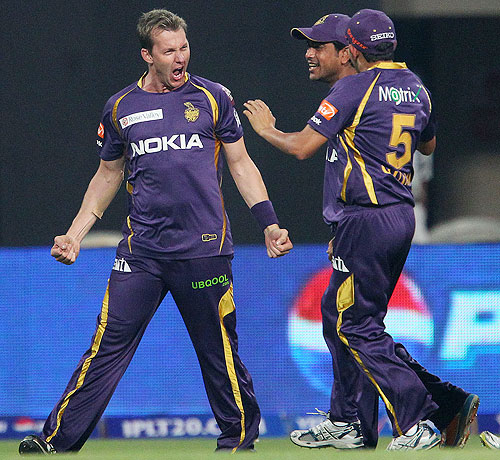 Brett Lee celebrates the wicket of Unmukt Chand