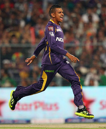 Narine spins KKR to easy victory in IPL opener