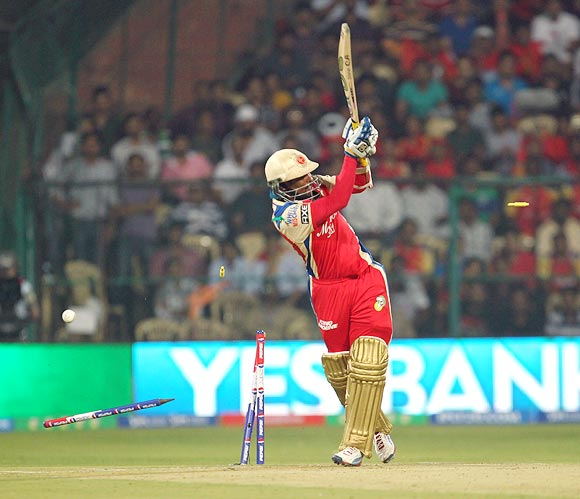 PHOTOS: Gayle, Vinay Kumar set up RCB's win over Mumbai