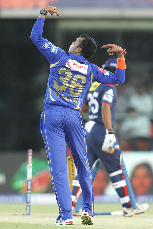Sree Sreesanth of Rajasthan Royals celebrates after bowling Unmukt Chand of Delhi Daredevils