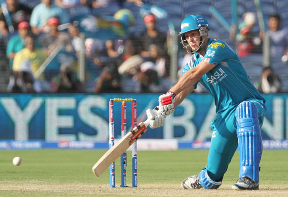 Pune Warriors player Mitchell Marsh plays a shot