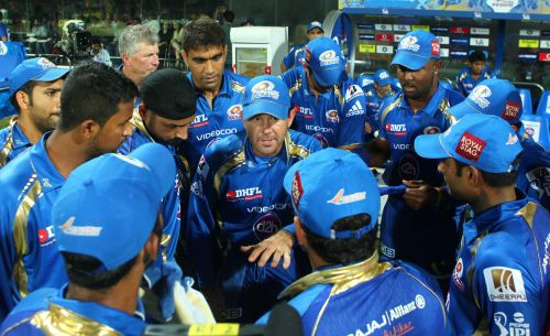 Confident Mumbai hoping to exploit out-of-form Delhi