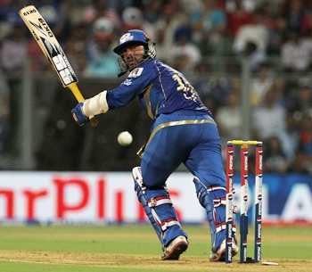 Karthik, Rohit shine as Mumbai hand Delhi third straight defeat