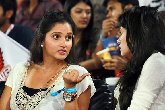 Sania Mirza (left)