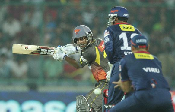 Delhi Daredevils player Virender Sehwag take a catch of Sunrisers Hyderabad Captain Kumar Sangakkara
