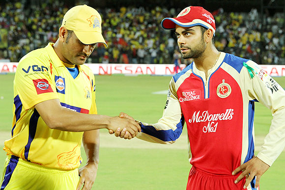 CSK captain Mahendra Singh Dhoni and RCB captain Virat Kohli at toss on Satur
