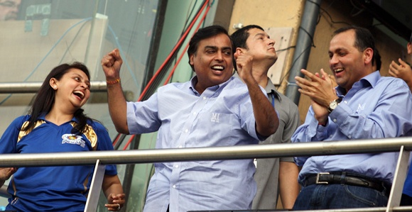 Mukesh Ambani (centre) at the Wankhede
