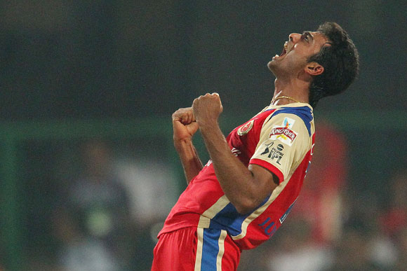 Jaidev Unadkat celebrates the wicket of Ben Rohrer