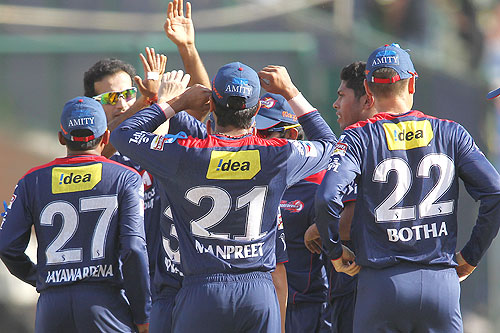 Delhi in desperate need for a win as they face Mumbai next