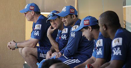 MI team management at a training session