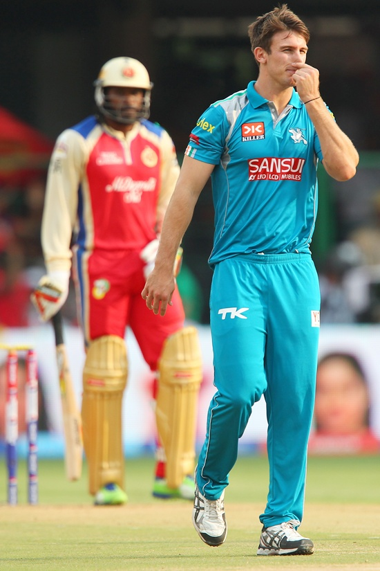 Mitchell Marsh reacts after being hit for consecutive sixes by Gayle