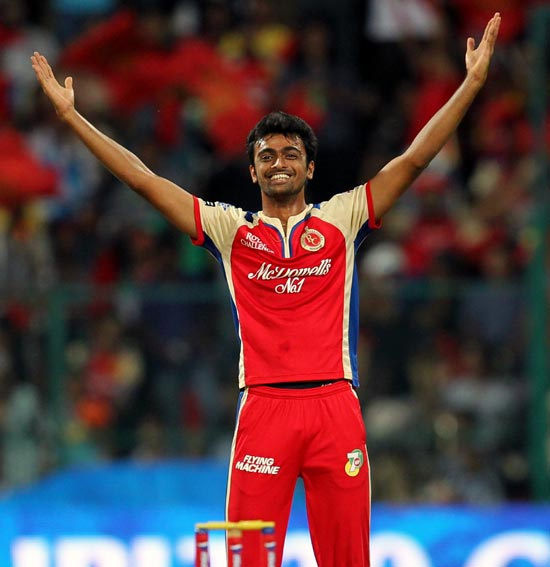Jaidev Unadkat celebrates the wicket of Yuvraj Singh