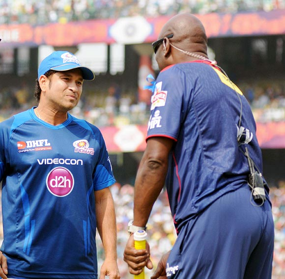 Vivian Richards (right) with Sachin Tendulkar