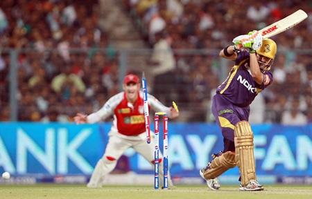 Gambhir is bowled by Azhar Mahmood